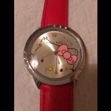 Potešte svojich blízkych hodinkami Hello Kitty