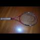 Tenisová raketa slovenského Davis Cupového reprezentanta Martina Kližana s podpisom