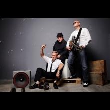 Zaspievajte si pieseň Ó maňo s kapelou Vidiek počas Dňa otvorených dverí televízie Markíza