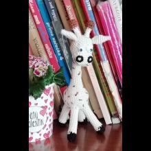 Žirafa, krémová